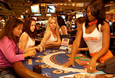 Hooters casino $1 blackjack
