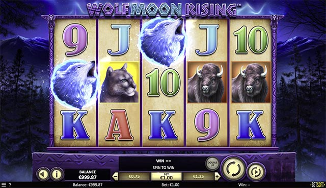 Wolf Moon Rising Online Slot Full Game Board